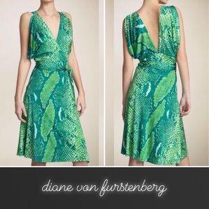 DVF Green Suron Snake Print Wrap Dress • 12